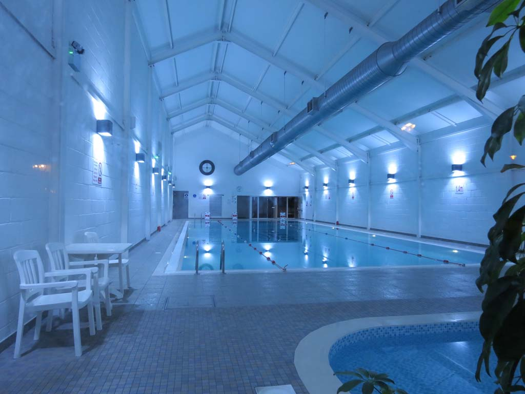 All guests have free use of the onsite pool, sauna and steam room